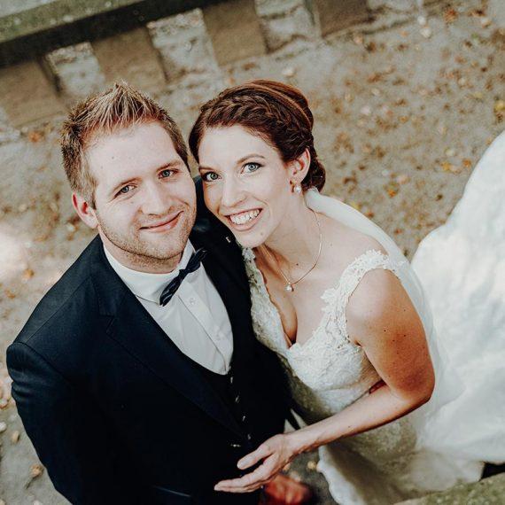 Brautmake-Up und Haarstyling